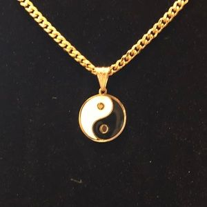 Jewelry - Yang Yang